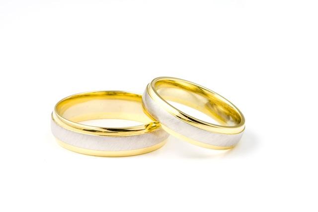 Obrączki ślubne, źródło zdjęć: Pixabay
