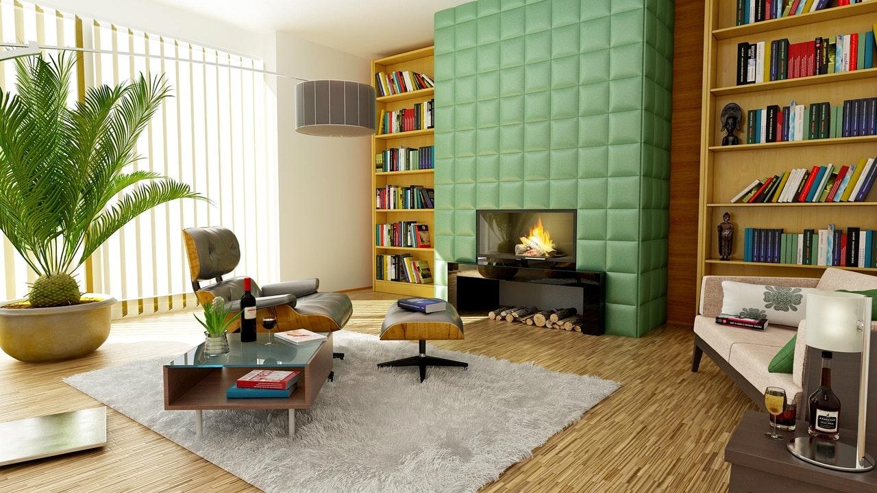Dywan w salonie przy kominku